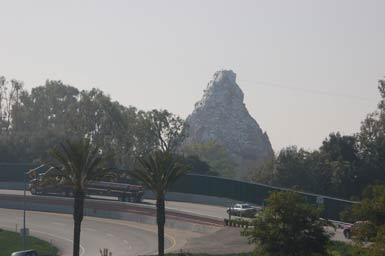 smog-mountain.jpg