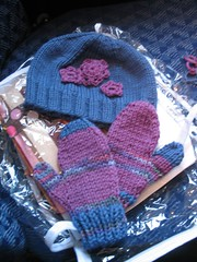 Gift knitting on the plane