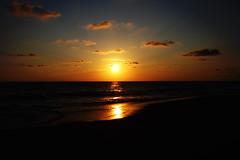 Sunset @ Pie de la Cuesta (Esparta) Tags: sunset sun sol geotagged mexico atardecer explore acapulco puestadesol mx solei piedelacuesta mex guerrero sunne geo:lat=16898679 geo:lon=99968934 mexico:state=guerrero mexico:estado=guerrero mexico:state=gro mexico:estado=gro