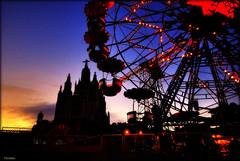 bcn tibidabo (Seracat) Tags: barcelona parque sunset church atardecer bcn iglesia catalonia catalunya parc tibidabo noria atracciones catalogne capvespre esglsia sigma1020 sonya100 atraccions parcdatraccionsdeltibidabo seracat