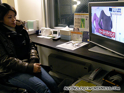 Proper work desk and a HD-TV