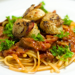 Linguine in Creamy Chorizo Tomato Sauce with Seared Scallops