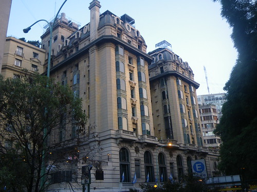 My Hotel in Buenos Aires - Marriott Plaza Hotel por mytripsandraces.