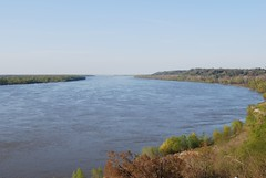 MIssissippi River at Natchez looking North (hartjeff12) Tags: mississippi mississippiriver natchez