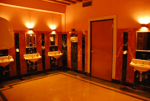 Los Angeles Theatre Ladies' Washroom