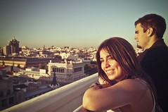 (oskar73) Tags: madrid city espaa luz sol girl atardecer spain nikon europa europe chica retrato ciudad urbano terraza sonrrisa robado oskar73