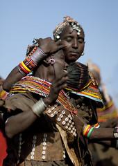 Rendille women dancing - Kenya (Eric Lafforgue) Tags: africa beads kenya culture tribal tribes bead afrika tradition tribe ethnic tribo headdress afrique headwear ethnology headgear tribu eastafrica beadednecklace coiffe quénia 5982 lafforgue ethnie ケニア quênia كينيا 케냐 кения beadsnecklace keňa 肯尼亚 κένυα кенија кенијa