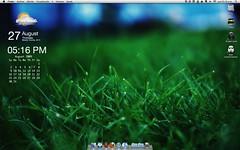 Mi escritorio Agosto 09 (e1173) Tags: wallpaper escritorio geektools