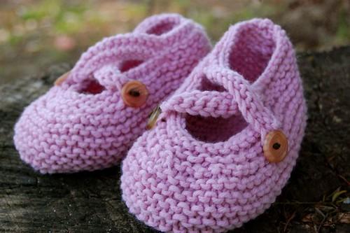 vi's pink booties