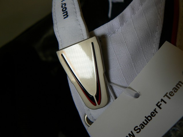 20090919 BMW Sauber 2009 cap metal clasp by halfbyteproductions