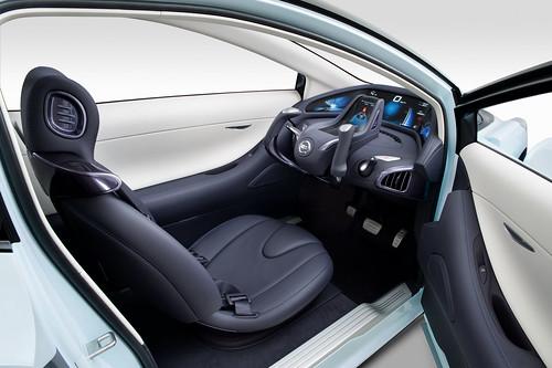 auto Nissan Land Glider Ev