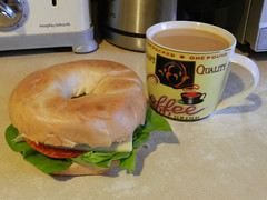 Bagel and tea