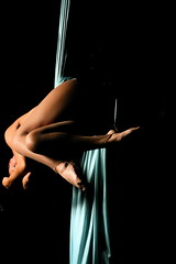 Kerry Silk Photoshoot 2 (UM Sizzle) Tags: portrait canon dance silk dancer vivitar canonef50mmf18ii aerialsilk vivitar285hv canonrebelxti