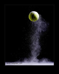 Baby Powder Bounce (ICT_photo) Tags: sb600 tennisball bounce babypowder strobist ictphoto ianthomasguelphontario
