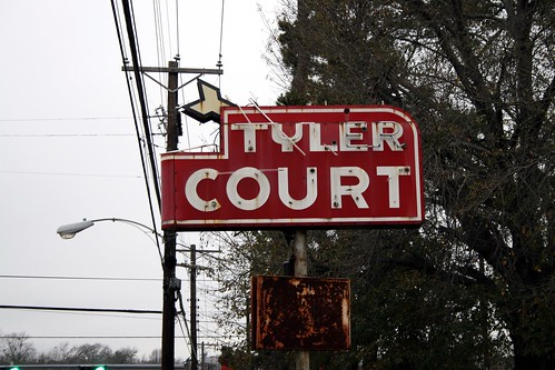 tyler court sign
