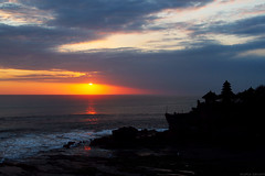 tanalot sunset (M3R) Tags: sunset sea sky bali cloud beach water silhouette indonesia temple wave hindu dramaticlighting tanahlot balinese tanalot canonef28105mmf3545usm