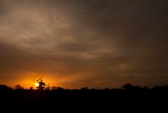 So Braz, Angola, Luanda (AIB - Angola Image Bank por KODILU Fotografia) Tags: sunset pordosol topf25 colors topv111 clouds cores topf50 topv555 topv333 topv1111 nuvens angola savana cloursadventurebarradekwanzakuanzasumbeviagem angolaemfotos angolaimagebank kodiluphotography angolainphotos wwwangolaimagebankcom