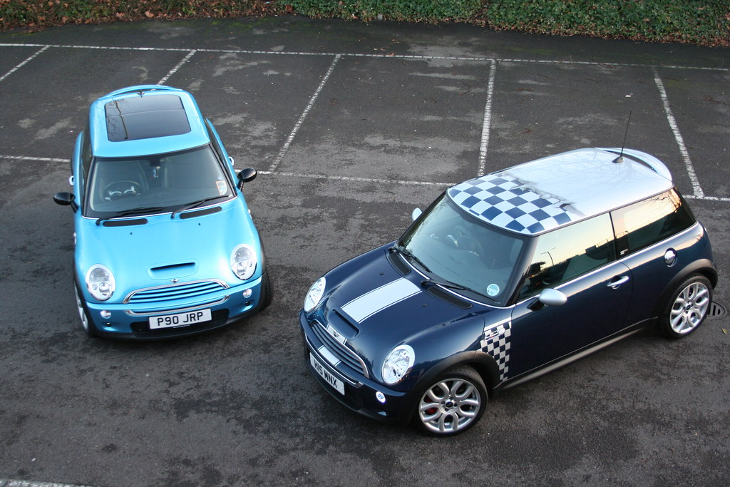 Fitting A Black Union Jack Decal Suitable For A Sunroof