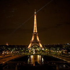 Tour Eiffel (macropoulos) Tags: paris france tower night geotagged 500v20f eiffel 500v50f toureiffel 1000v100f topf100 canonef2470mmf28lusm 500x500 canoneos5d 1500v60f 1000v40f 3000v120f 6000v240f 100faves100comments1000views betterthangood geo:lat=48861936 geo:lon=228875