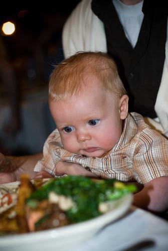 finn loves food