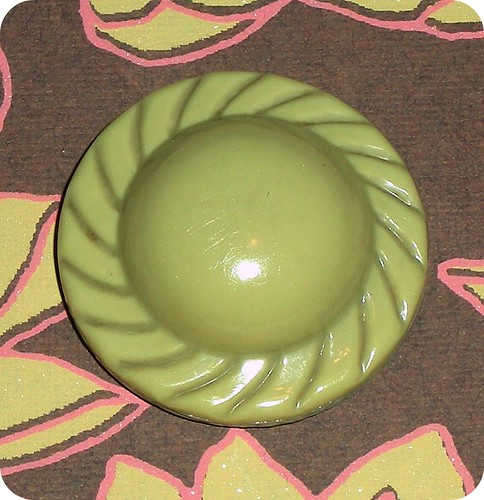 vintage hat shaped button