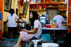 dreaming in Khao San (marin.tomic) Tags: city travel urban food woman girl asian thailand nikon asia southeastasia bangkok thai bkk khaosan khaosanroad d40 retsurant