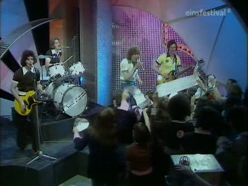 Top of the Pops (20th March 1975) [TVRip (XviD)] preview 8