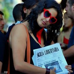 Libertarian Sicily (Osvaldo_Zoom) Tags: red portrait love girl freedom glasses nikon rally protest protesta sicily anarchist cuori rosso cuore sicilia manifestazione ecologia noponte messinastrait insostenibile d80 sicilialibertaria noalpontesullostrettodimessina