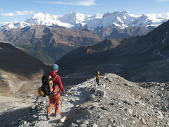 Walking down to Zermatt from Rothornhütte - Alpinism on Zinalrothorn, Schweiz