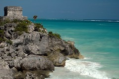 Mexico Way - Ruins Of Tulum (gatorgalpics) Tags: mexico jardin tulum viewlarge rivieramaya caribbeansea yucatnpeninsula mexicancaribbean playamaya ruinsoftulum oneofthebestpreservedcoastalmayasites
