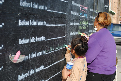 Before I Die house writing on the wall (courtesy of Candy Chang)