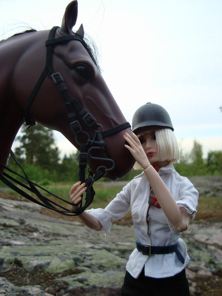 Rue du Savonner S1 extra 1 - The Diva Riding 17