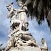 Fontana dedicata a Simon Bolivar costruita sulle rovine di un patibolo di epoca coloniale