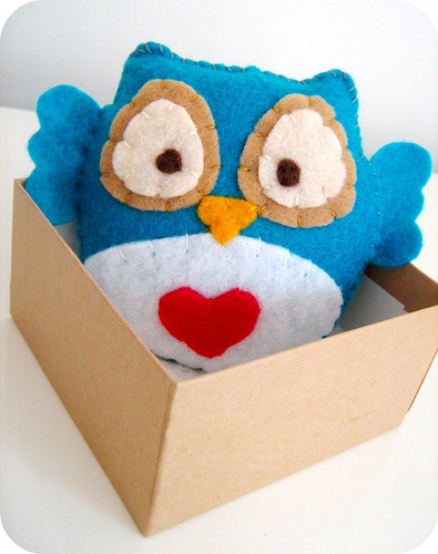 Owlie in blue & white