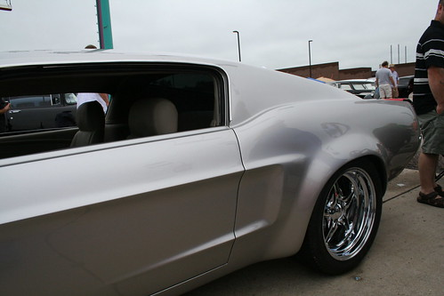 Good Guys Des Moines, Customs Mustang