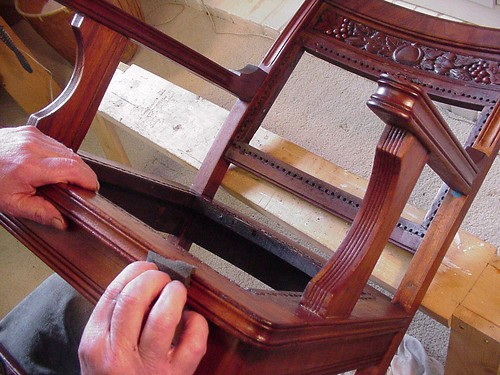 Claudia's Antique Chair-Applying Pumice-6.2x4