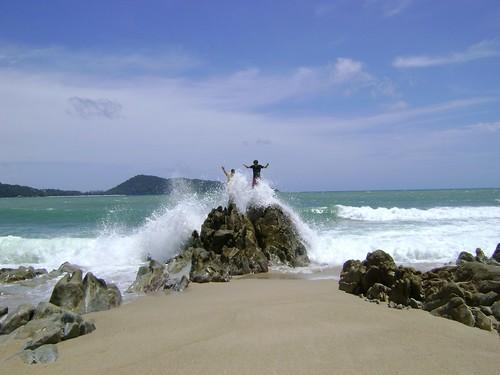 Casi tsunami en Patong
