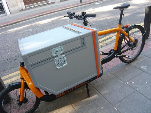 Bullitt cargo bike with custom box