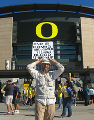 UO End (Wolfram Burner) Tags: life california school signs college sign oregon campus football university stadium photojournalism ducks eugene cal experience uo signage burner journalism uofo universityoforegon eugeneoregon uoregon autzen wolfram goldenbears wolframburner
