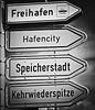 Wo geht´s lang? (finny_1603 :o) too little time for the good things) Tags: hamburg hafen speicherstadt hafencity kehrwiederspitze freihafen torzurwelt