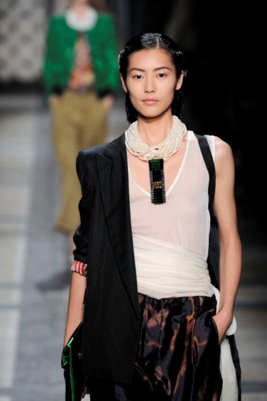 Dries Van Noten Summer 2010 19