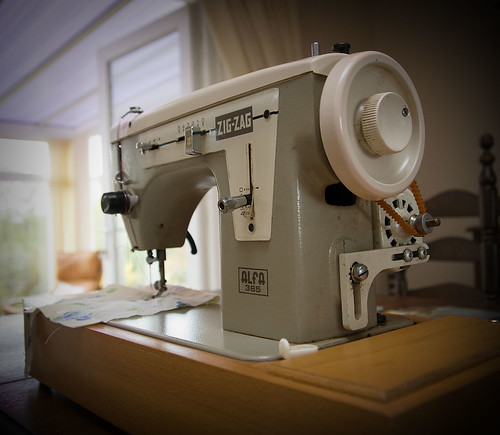 1960s Alfa 365 Electric Sewing Machine