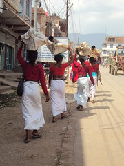 Tharu Women in Traditional Dress  Photo: Maelanny P