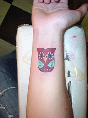 DSC04761 (wages) Tags: tattoo nashville broadway icon shannon owl wages icontattoo shannonwages 1917broadway 6153294066 icontattooandbodypiercing