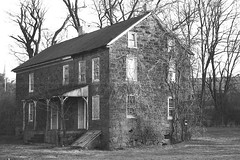 Abandoned Stone Home (rob_valine) Tags: blackandwhite pennsylvania berkscounty photoshopelements20 yashicafx3super2000 blackwhitephotos kodakplusx125 southeasternpennsylvania unlimitedphotos hpphotosmarts20scanner