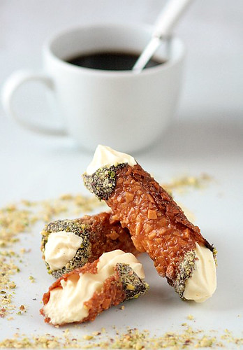 Nougatine Cannoli With Vanilla Mousse