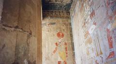 Egypt (Ridders) Tags: africa temple sand northafrica egypt arab 1995 seti ramses hieroglyphics tutankhamun saharadesert amenophis deirelbahri rivernile thutmosis queenhatshepsut horemheb menerptah amonmes sethnakht princemontukhopechef