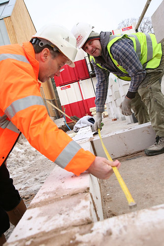 Ian Gray and one of the Lovell team on site