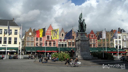 Bruges - Square 2