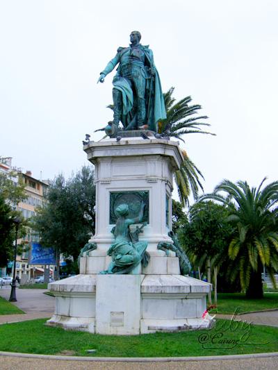 statue of Andre Massena